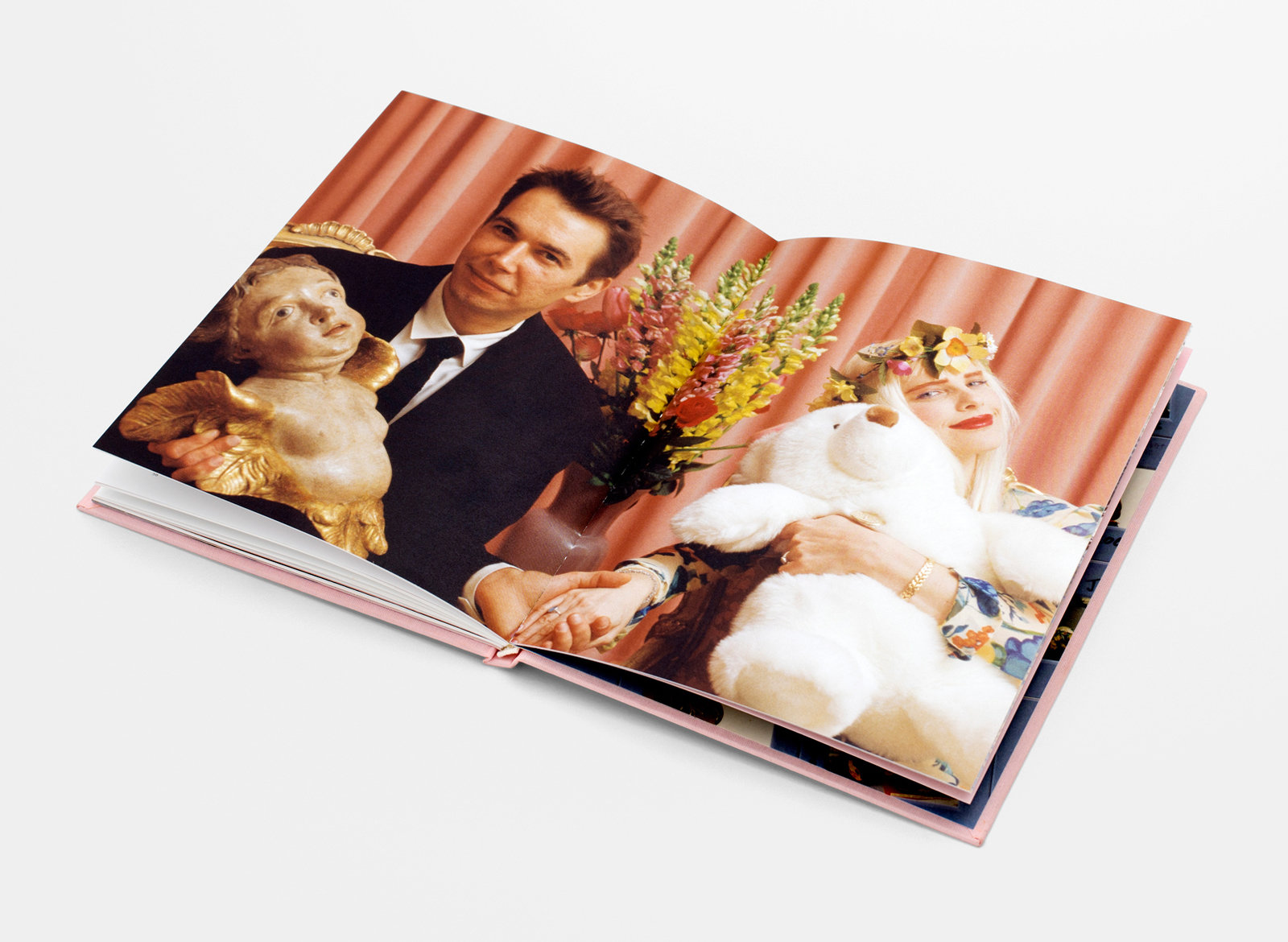 Watson and company jeff koons magazine spread 05 1600 130x54x1607x1175 q85